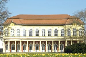 Schlossgarten Merseburg im Frühling